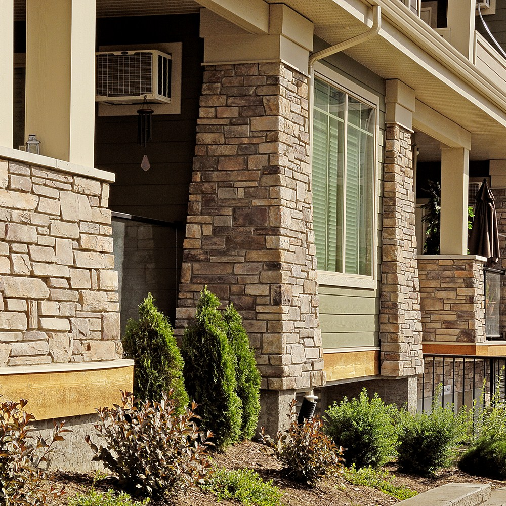 Boral cultured stone gallery for Exterior ledgestone